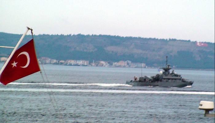 Yunan savaş gemisinde ilginç detay (VİDEO)