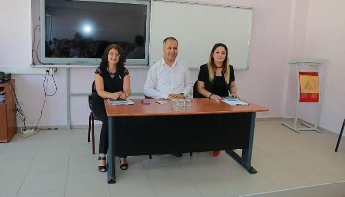 Biga'da Okul Müdürleri Toplantısı Yapıldı
