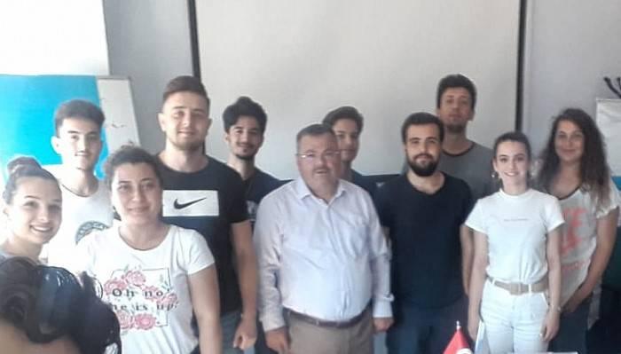 Gençlik Ve Spor İl Müdürlüğü'nde Görevli Öğrencilere İş Kulübü Eğitimi Verildi