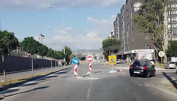 Çalışma bitmiyor vatandaşlar yolda mağdur oluyor