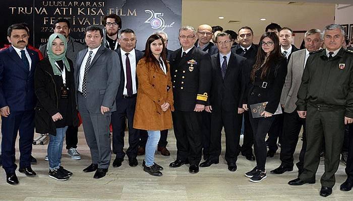 Film Festivali'ne Törenle Açılış
