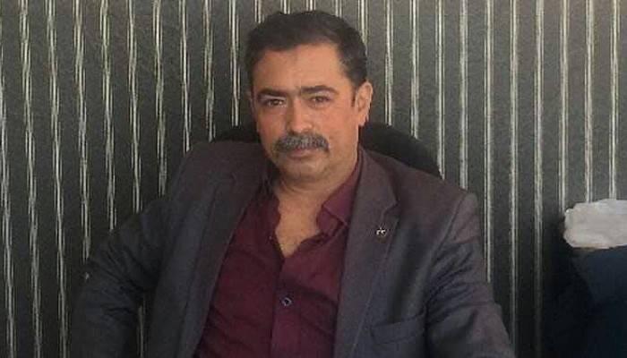 MHP Ezine İlçe Başkanı Açıkgöz istifa etti!