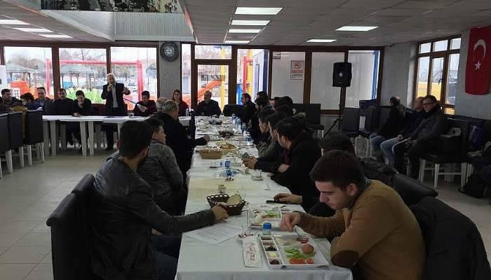 Lapseki Ak Parti İlçe Teşkilatı Kahvaltıda Buluştu