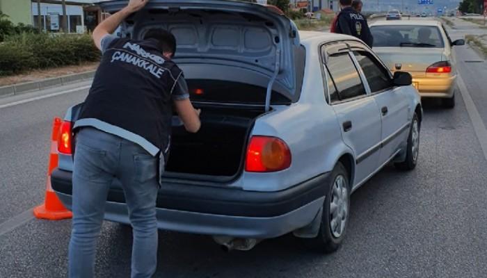 Çanakkale'de 25 gözaltı