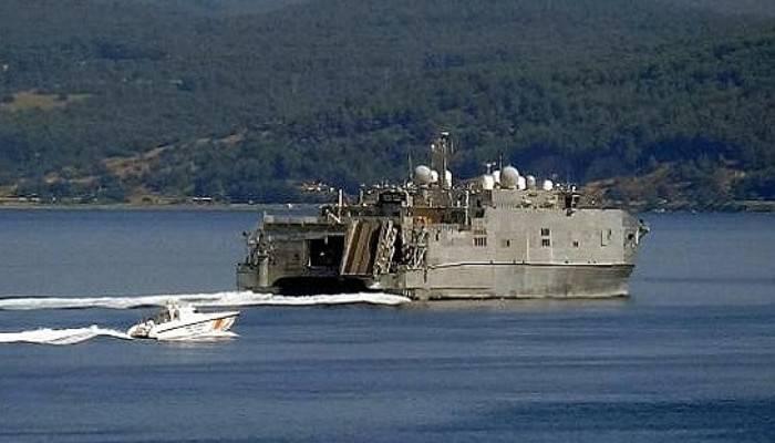 ABD savaş gemisi 'USNS Yuma', Çanakkale Boğazı'ndan geçti (VİDEO)