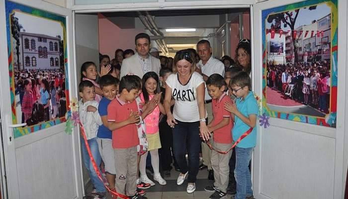 Memiş 18 Mart İlkokulunu Ziyaret Etti