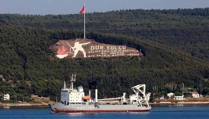 Rus savaş ve askeri kurtarma gemileri Akdeniz'e iniyor (VİDEO)