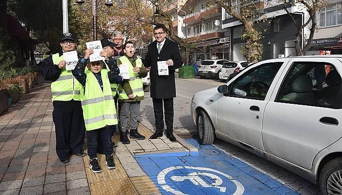 """""""Araçlarınızı engelli bölümüne park etmeyin"""""""