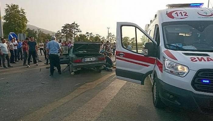 Çanakkale'deki kaza: 1 ölü, 1 yaralı (VİDEO)