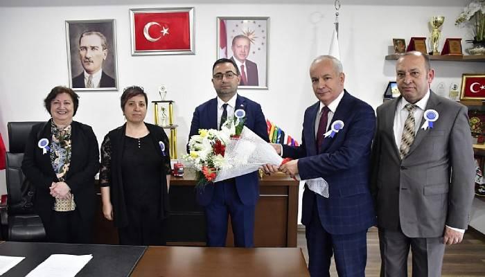 Vergi Dairesi Müdürlüğünden Başkan Erdoğan'a ziyaret