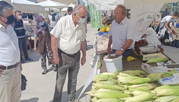 Başkan Gökhan yeni açılan pazarı gezdi