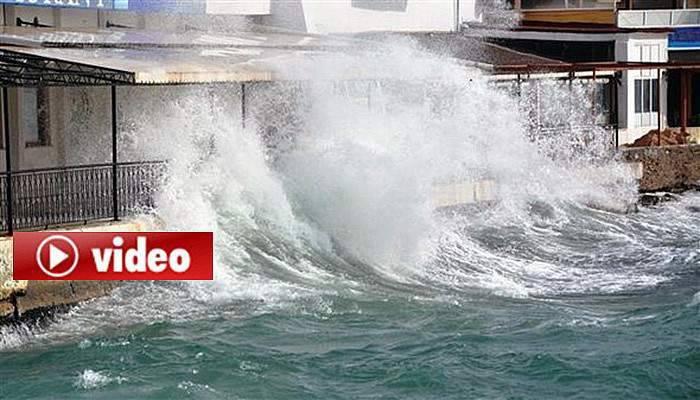 Gökçeada seferlerine fırtına engeli (VİDEO)