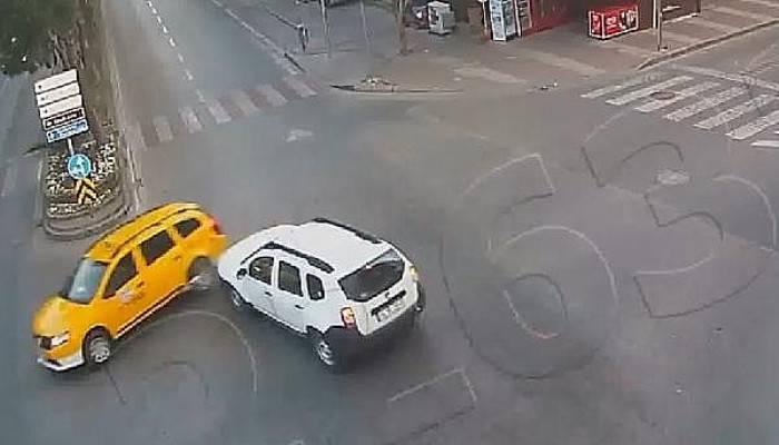 Çanakkale'deki kazalar MOBESE kameralarına yansıdı (VİDEO)