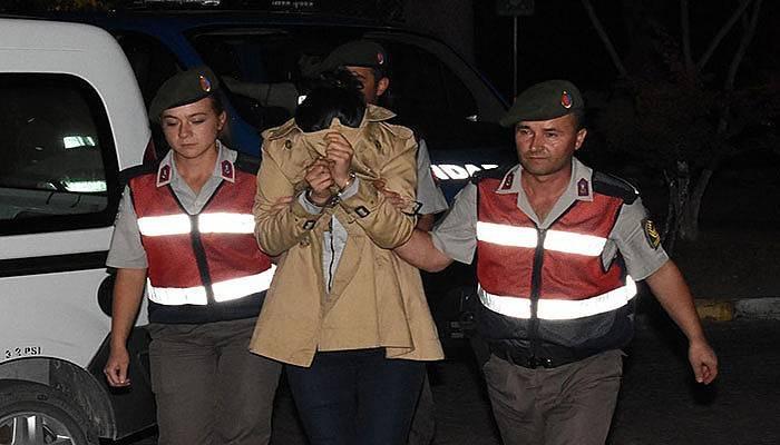 Aranan PKK şüphelisi samanlıkta yakalandı (VİDEO)