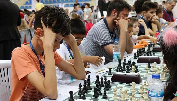 Troya Uluslararası Açık Satranç Turnuvası Heyecanı Yaşanıyor