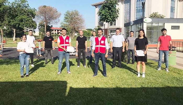 Genç Kızılay Biga Gönüllülerine Teşekkür Belgeleri Verildi