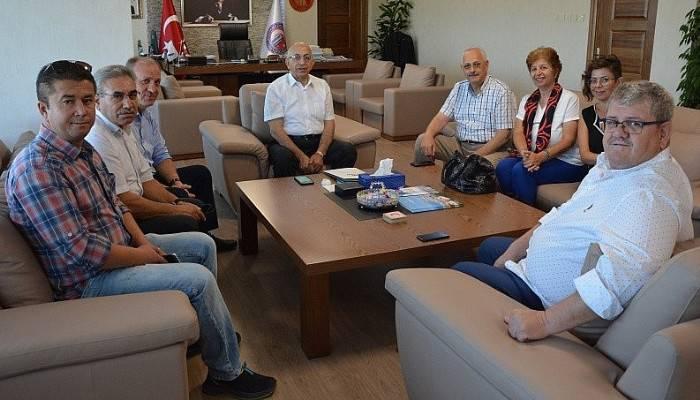 Öğrenci Yurtları Derneği'nden Rektör Prof Dr. Sedat Murat'a ziyaret