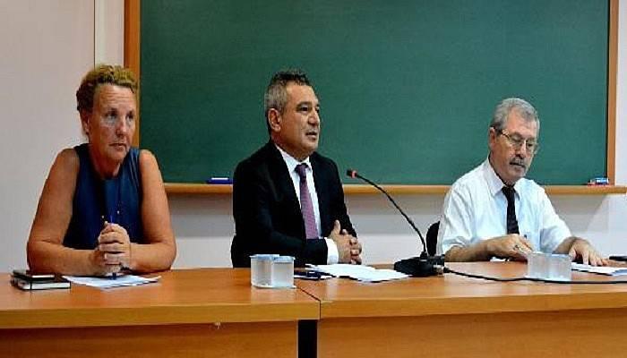 ÇOMÜ'de Öğrenci Toplulukları Akademik Danışmanları toplantısı yapıldı