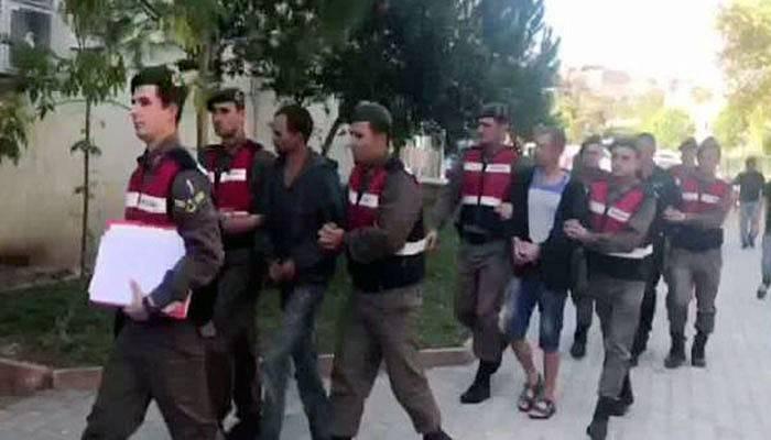 Göçmen kaçakçılığı iddiasıyla 3 Ukraynalı tutuklandı