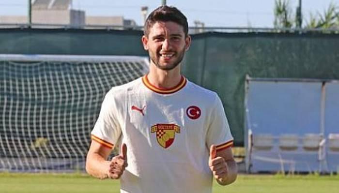 Dardanelspor'un eski oyuncusu Göztepe'ye imza attı
