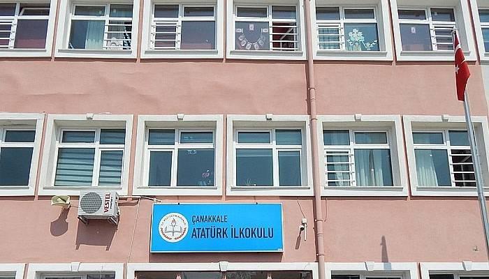 Merkez Atatürk İlkokulu E Safety gümüş etiketi kazandı