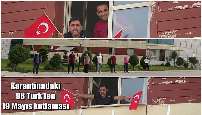 Karantinadaki 98 Türk'ten 19 Mayıs kutlaması (VİDEO)