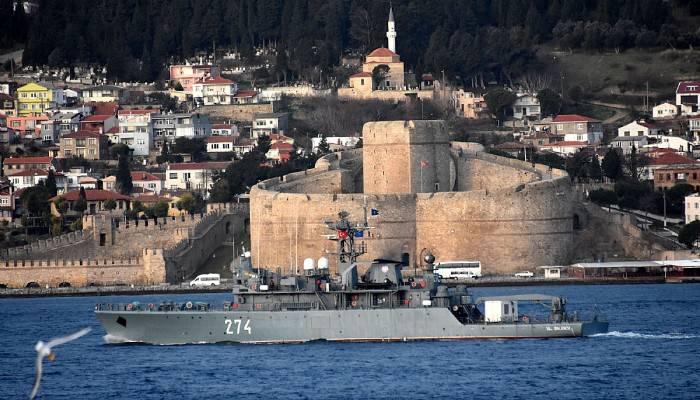 Romanya ve Almanya savaş gemileri geçti (VİDEO)