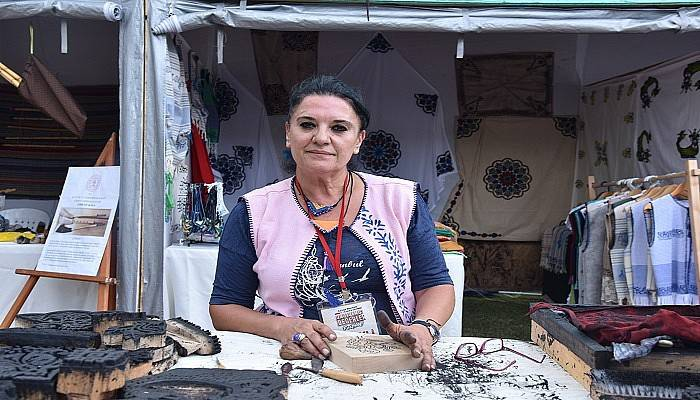 Kartepe'de Çanakkale'yi 700 Yıllık Sanatı İle Temsil Etti