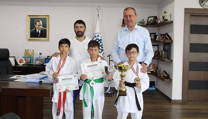 Biga Karate Okulu Kupa ve Madalyalarla Döndü