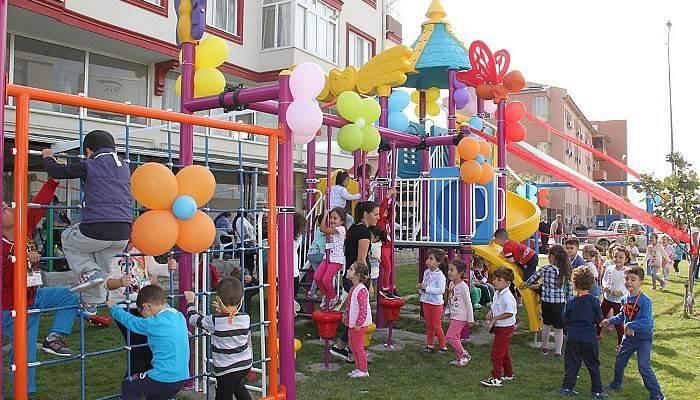 Kepez'de Yeni Çocuk Parkı Açıldı