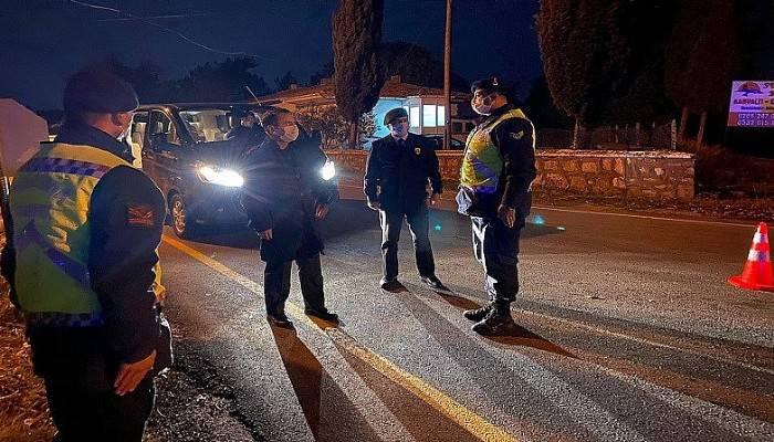 Vali Aktaş, sokağa çıkma kısıtlaması tedbirlerini denetledi