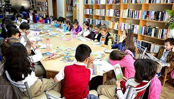 Barbaros Kütüphanesi Kitapseverleri Bekliyor
