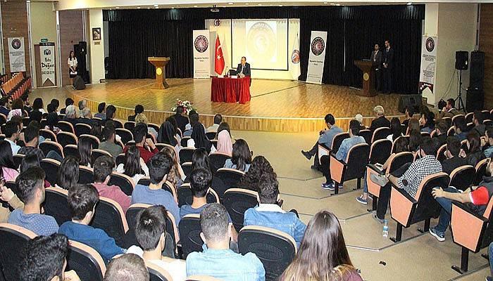 Başkan Işık, Üniversite Öğrencileriyle Buluştu