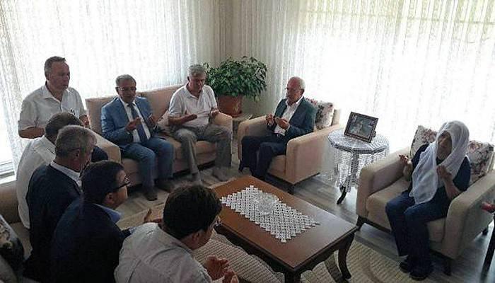 Kılıçdaroğlu'ndan şehit ailelerine taziye ziyareti (VİDEO)