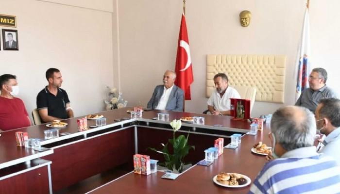 Başkan Gökhan Küçük Sanayi Sitesi Kooperatifi Yönetimi ile Bir Araya Geldi