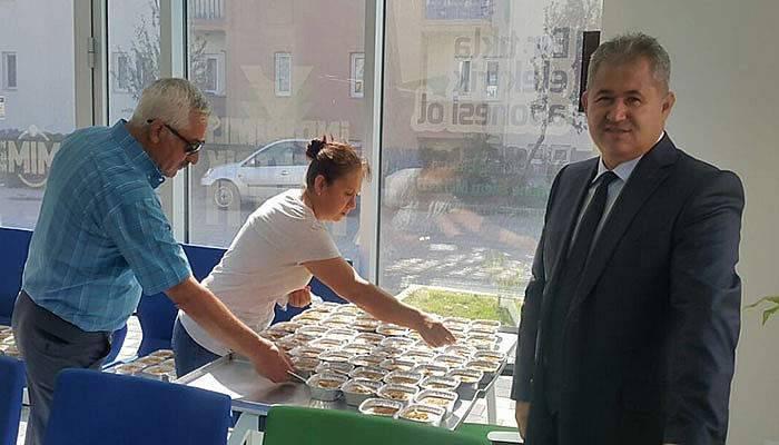CLK Uludağ Elektrik Aşure Günü, Müşterilerinin Ağzını Tatlandırdı