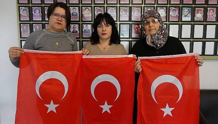 Çanakkaleli şehit ailelerinden Demirtaş'ın tiyatro oyununa giden isimlere sert tepki (VİDEO)