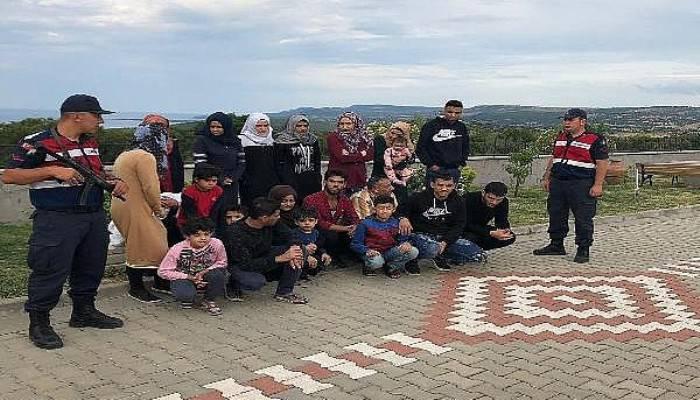 Çanakkale'de 78 kaçak göçmen ve 1 organizatör yakalandı