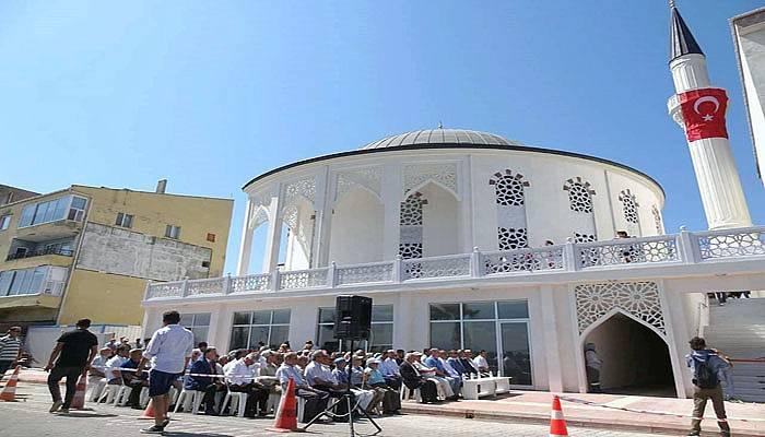 Eceabat Şehitler Camii ibadete açıldı