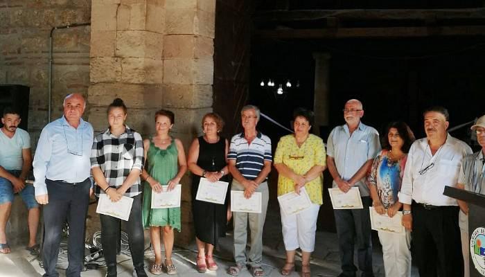 Tarihi Çardak Han'da sergi açıldı