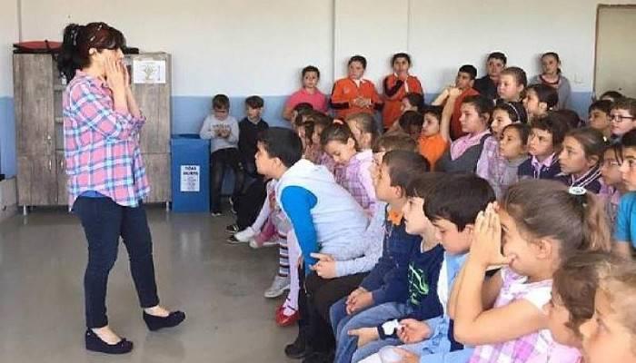 GELİBOLU'DA ÖĞRENCİLERE, ERGENLİK VE HİJYEN EĞİTİMİ VERİLDİ