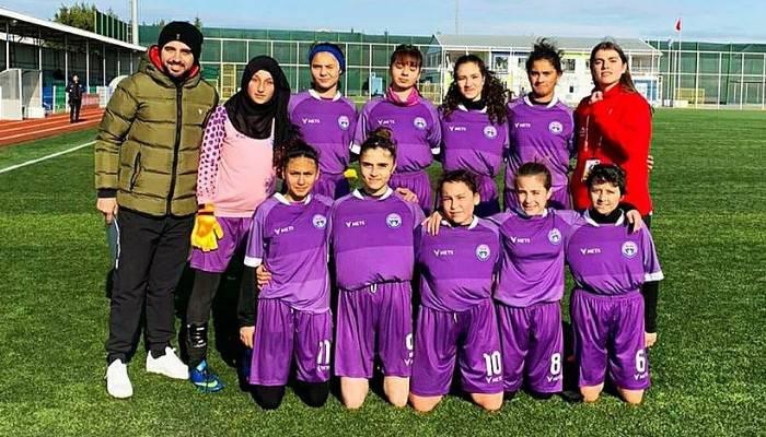 Çanakkale GSK Kadın Futbol Takımı 2. Tura Yükseldi