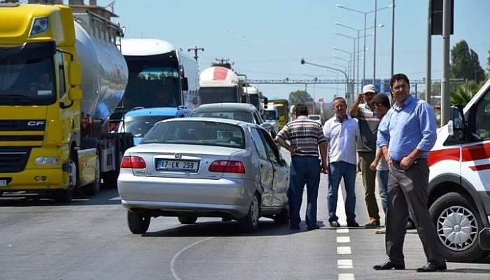 Biga'da kaza; 3 yaralı