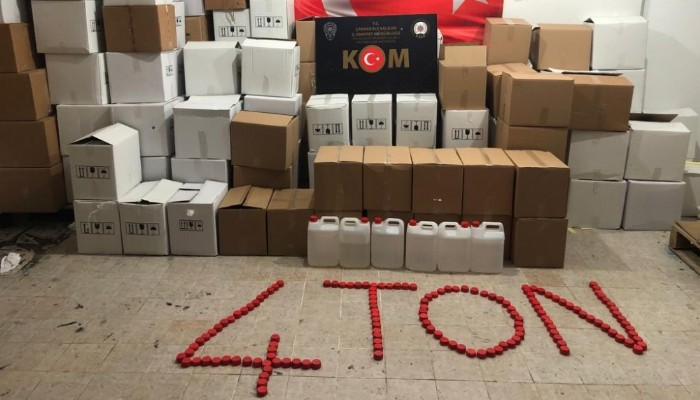 Çanakkale'de 4 ton sahte etil alkol ele geçirildi