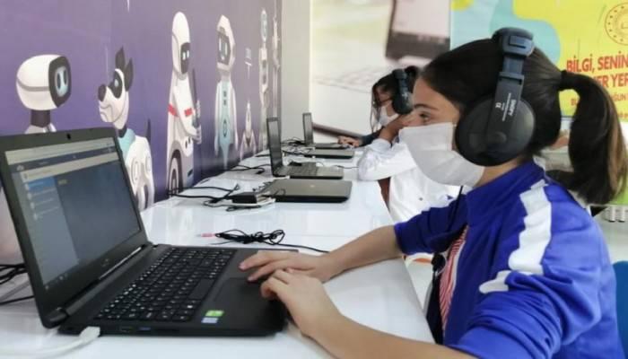 68 Bin 241 Tablet Bilgisayar Daha Öğrencilere Ulaşıyor
