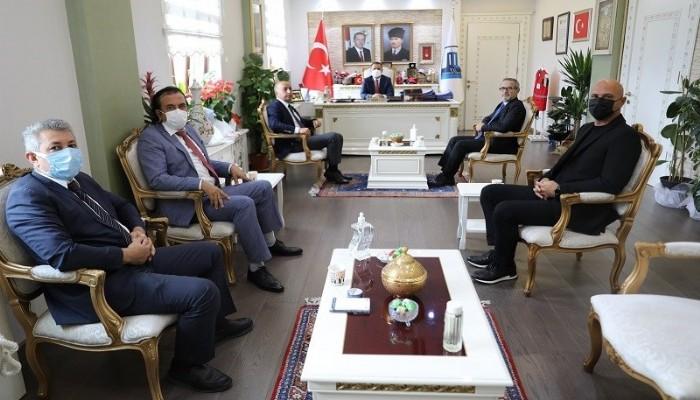 Müteahhitler Birliği Yeni Yönetimi Vali Aktaş'a Gitti