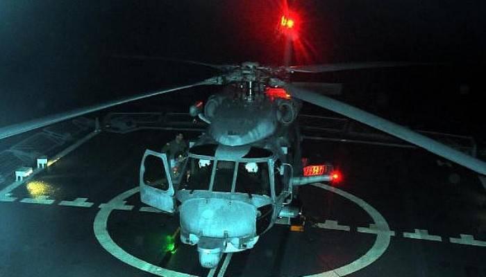'Denizkurdu-2019'da üçüncü gün; Helikopterler gücünü gösterdi (VİDEO)