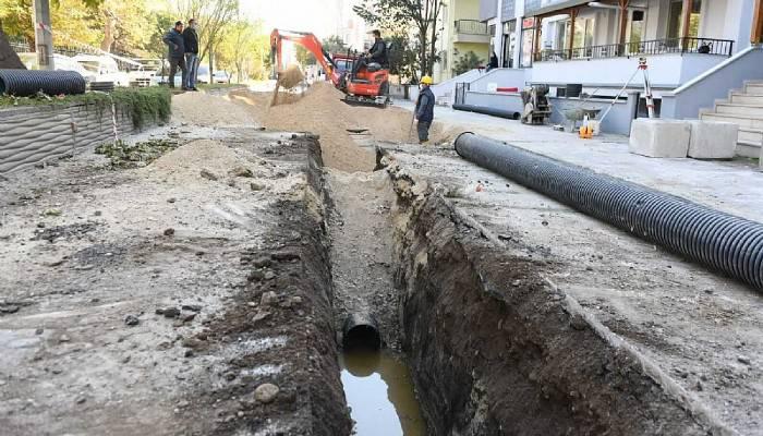 100. Yıl Caddesinde altyapı yenileme çalışması gerçekleştiriliyor