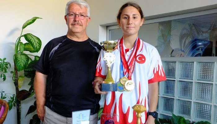 Tüm yarışlarda birinci oldu, Türkiye kupasını kaldırdı
