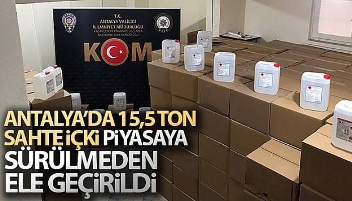 Antalya'da 15,5 ton sahte içki yılbaşı öncesi piyasaya sürülmeden ele geçirildi
